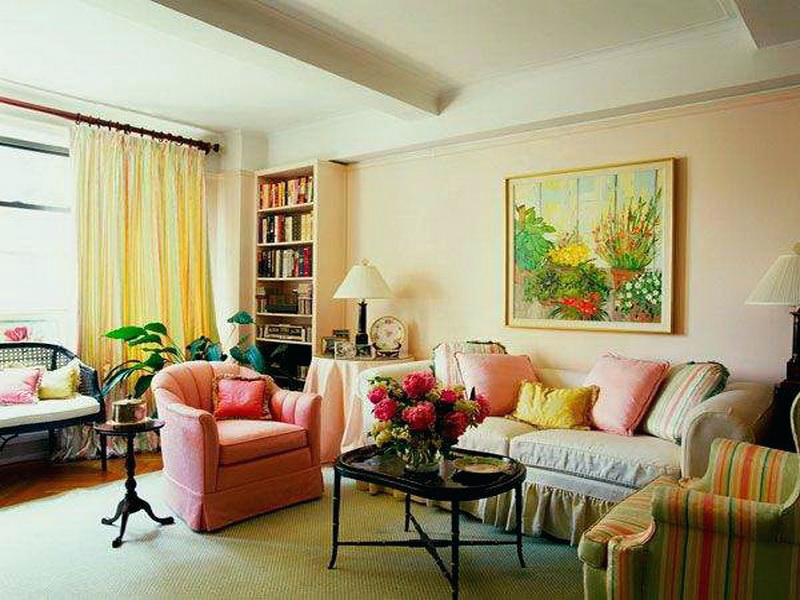 Combination of pink and yellow is great for living room.