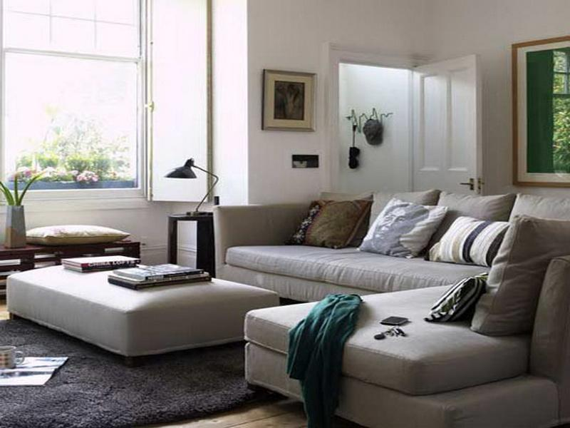 combination of grey and white is fit to make a comfortable place.