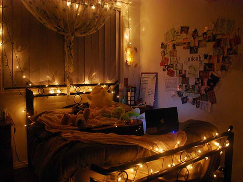 Slightly dim light will give you a calm vibes to your room.