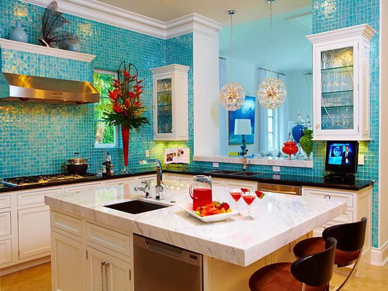 Blue color is perfect to make the kitchen great