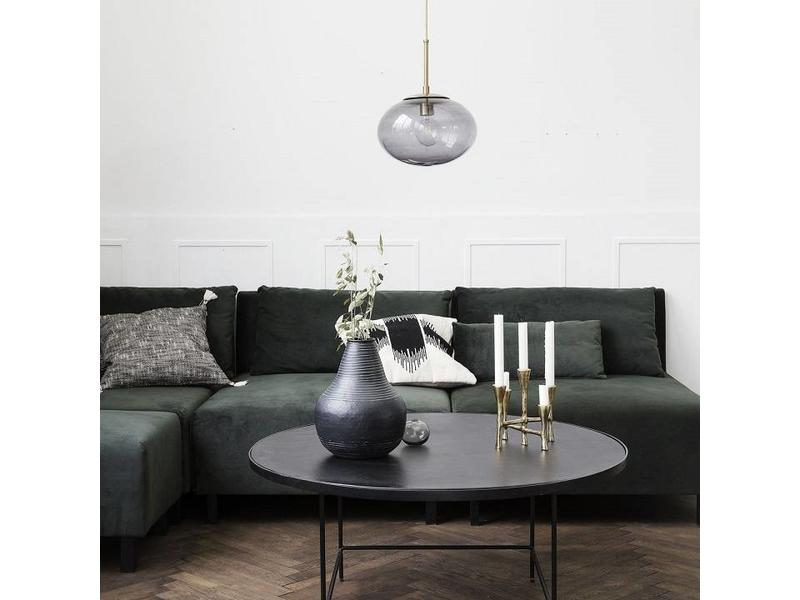 circle pendant lamp to make your room look interesting.