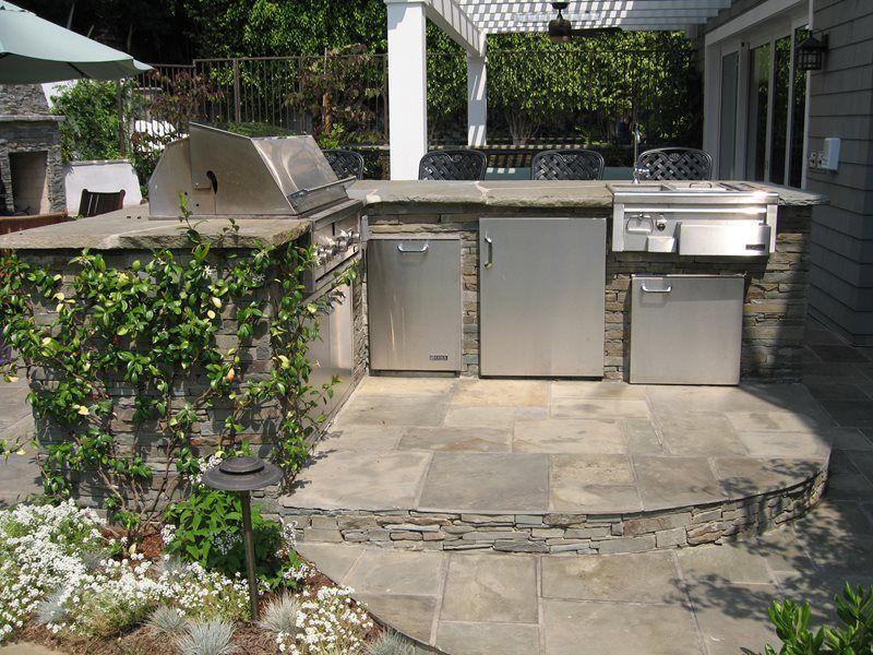 a simple barbecue garden.