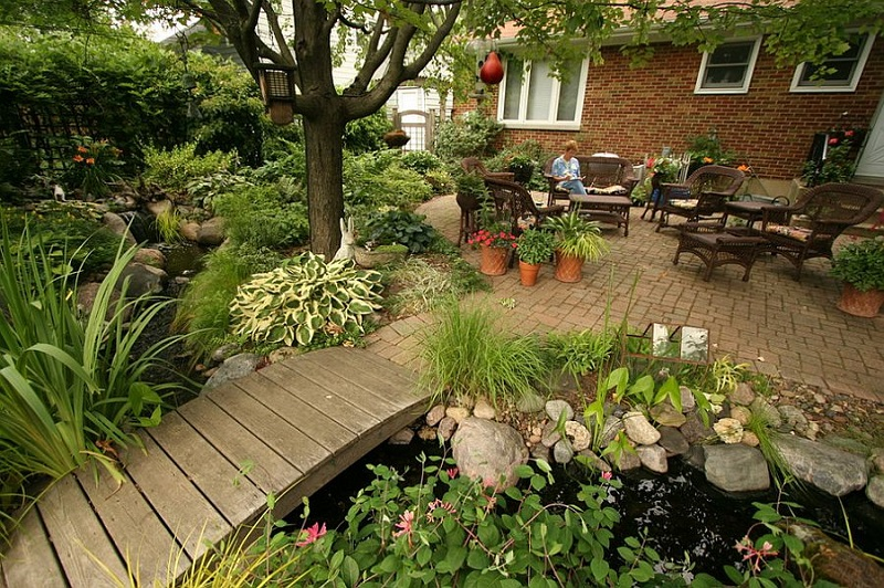 Find Rustic Backyard Garden Design With Marvelous Garden Decor Ideas