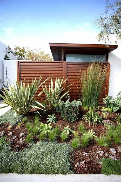 Inspiring And Simple Front Yard Landscaping Design Ideas That You Must See