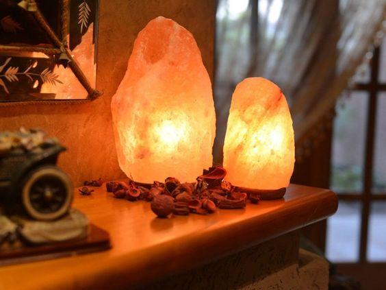 himalayan salt lamp for room decor