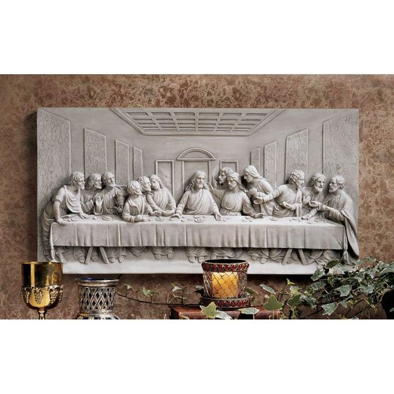 attractive dining room with statue