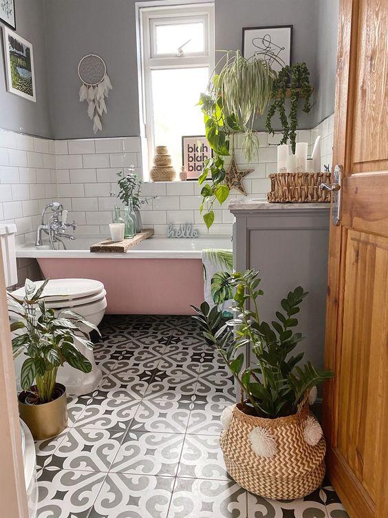 beautiful bathroom door wedge