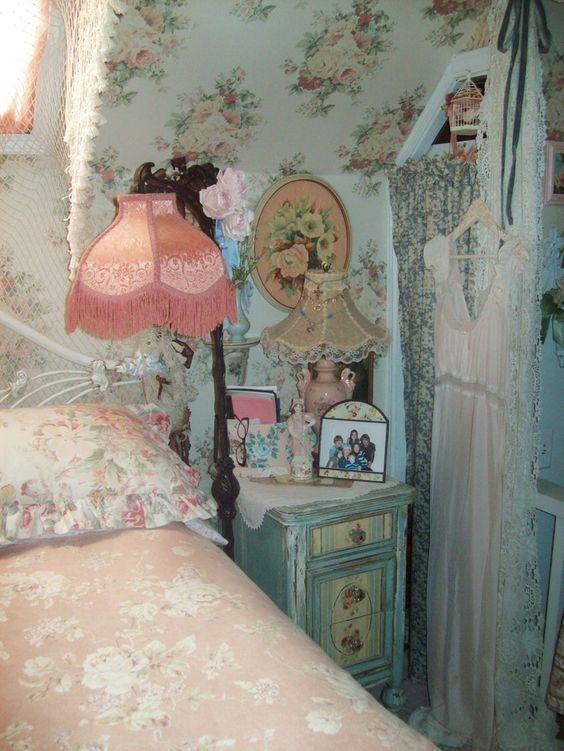 Blue Pastel on Shabby Chic Bedroom