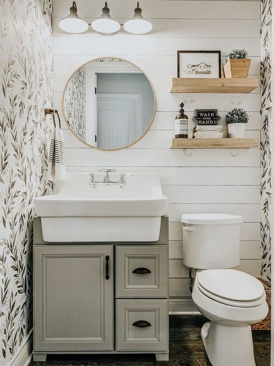 small bathroom decoration