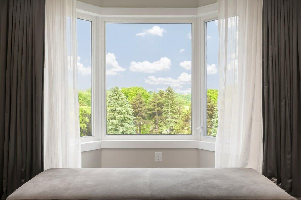 bay or bow window