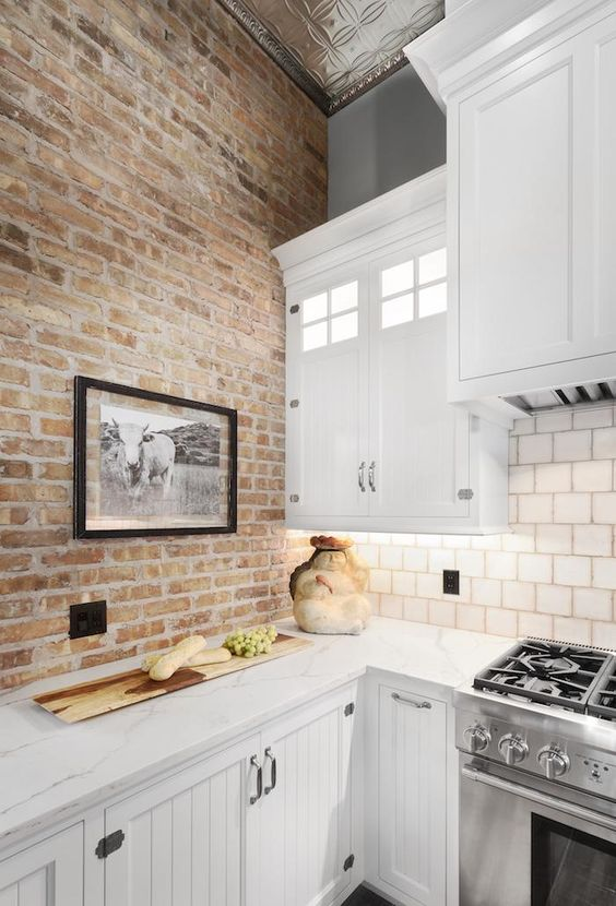 exposed brick wall for the kitchen