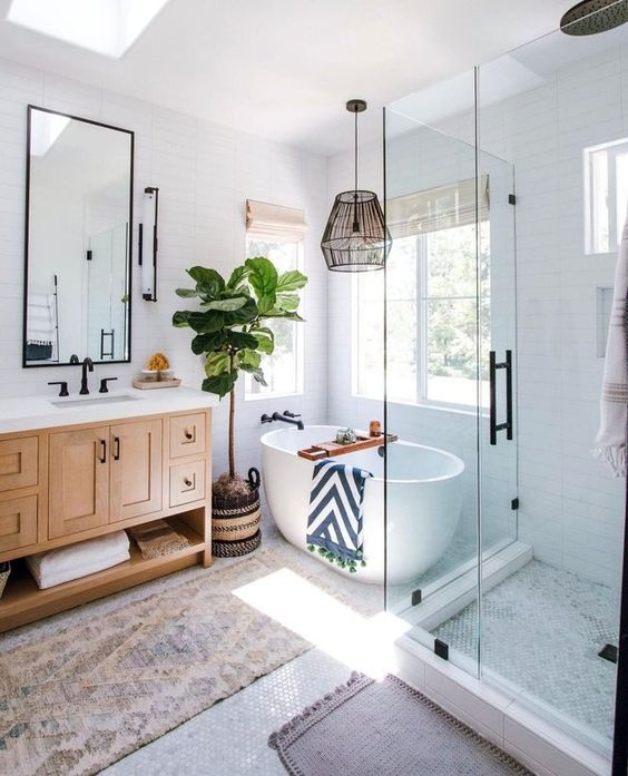 bright colors for soothing bathroom