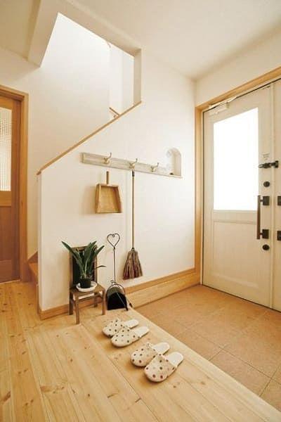 genkan in japanese apartment