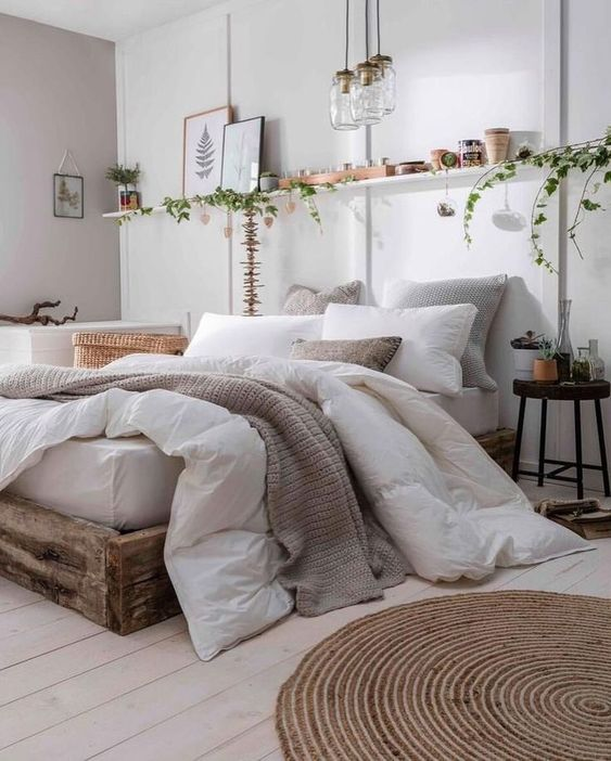 bedroom decor with layered bedding