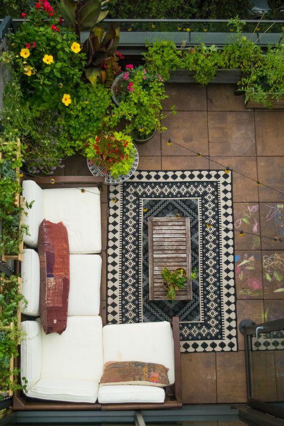 cozy rooftop garden