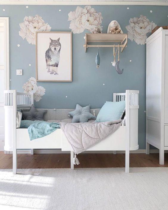 blue kid bedroom