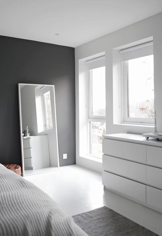 mirror for minimalist