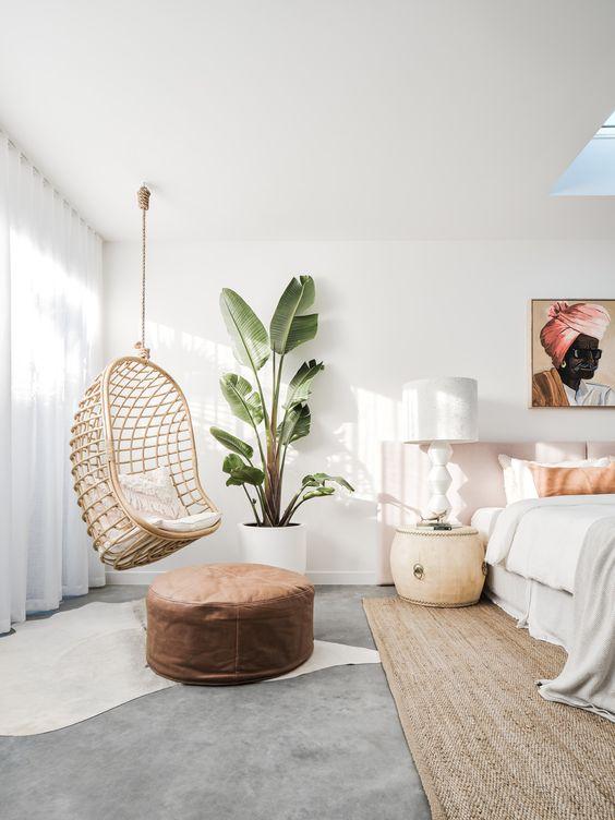 soft minimalist bedrook look