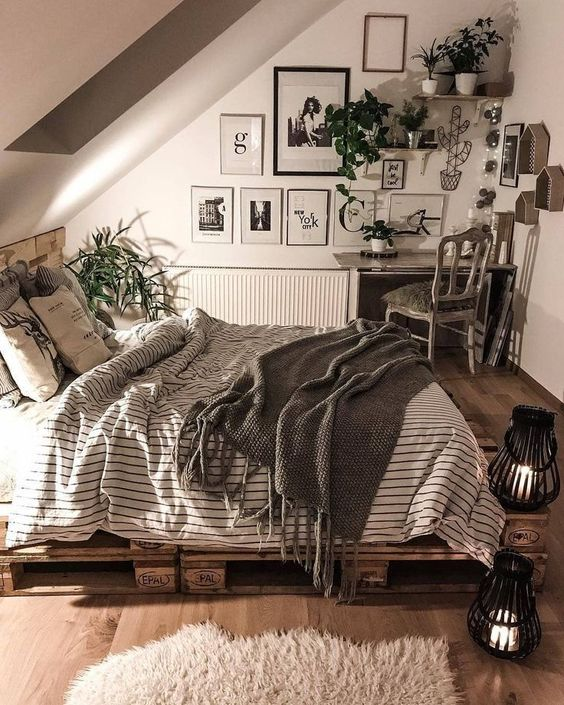 wood elements for attic bedroom