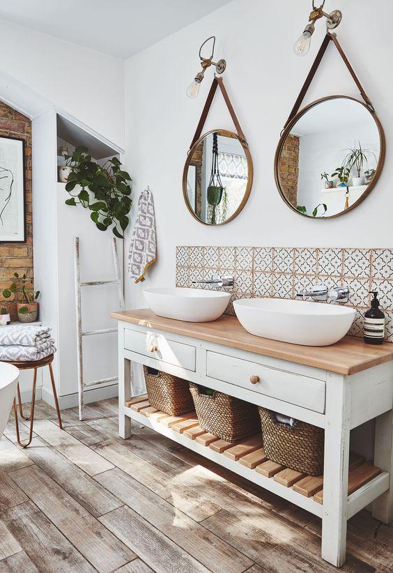 bathroom rattan basket
