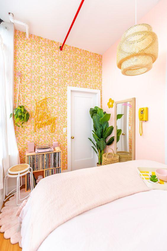 yellow retro bedroom decors