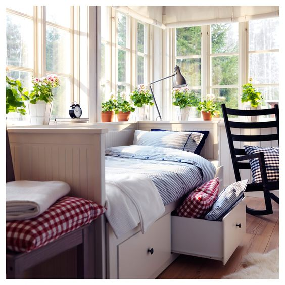 daybed as bed and sofa